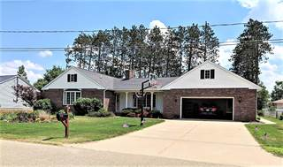 Single Family for sale in 918 Strawberry Lane, Gaylord, MI, 49735