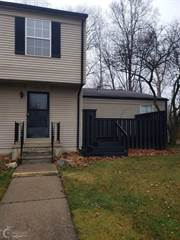 Townhouse for sale in 33511 Bayview Dr, Greater Mount Clemens, MI, 48047