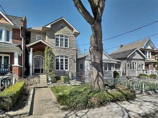 House for sale in 382 Westmoreland Ave N, Toronto, Ontario