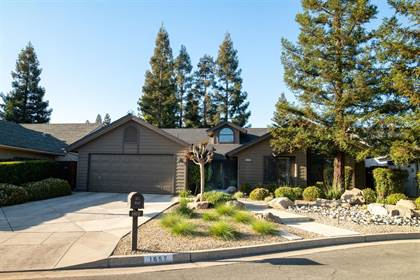 Residential for sale in 1652 W Fir Avenue, Fresno, CA, 93711