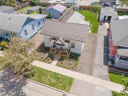 Residential Property for sale in 12 Winniett Street, Brantford, Brantford, Ontario, N3T 1M4