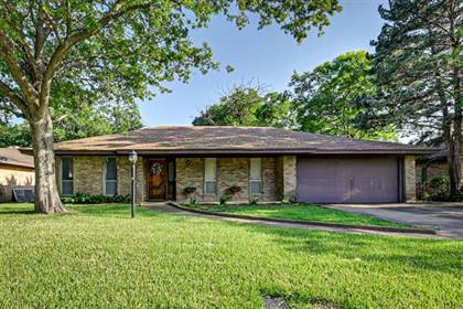 Residential Property for sale in 1308 Ashbury Court, Arlington, TX, 76015