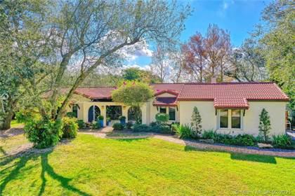 Residential for sale in 11020 SW 40th St, Davie, FL, 33328