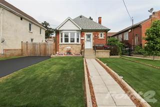 Residential Property for sale in 126 Huxley Ave S, Hamilton, Ontario