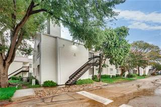 Condo for sale in 7431 Holly Hill Drive 107, Dallas, TX, 75231