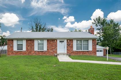 Residential Property for sale in 6705 Green Meadow Ct, Louisville, KY, 40207