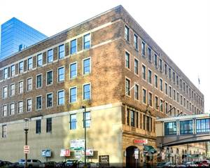 Office Space for rent in Young Quinlan Building - Suite 401, Minneapolis, MN, 55402