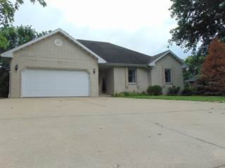 Single Family for sale in 2420 West Cambridge Street, Bolivar, MO, 65613