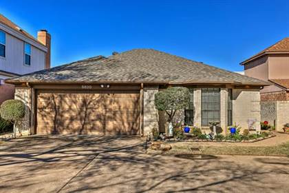 Residential for sale in 5820 Ridgerock Court, Fort Worth, TX, 76132