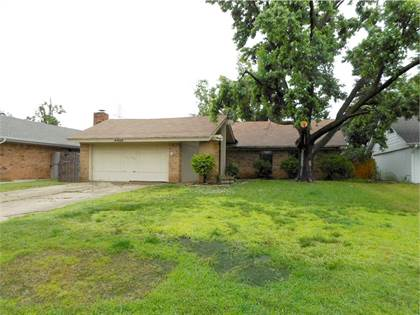Residential for sale in 6924 Fawn Canyon Drive, Oklahoma City, OK, 73162