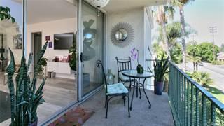 Condo for sale in 10240 Camarillo Street 303, Los Angeles, CA, 91602