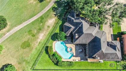 Residential Property for sale in 7921 Capri Circle, Houston, TX, 77095