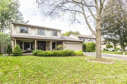 Residential Property for sale in 380 Cottingham Crt, Hamilton, Ontario, L9G 3V6