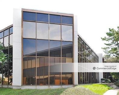 Office Space for rent in 2665 Villa Creek Drive, Dallas, TX, 75234