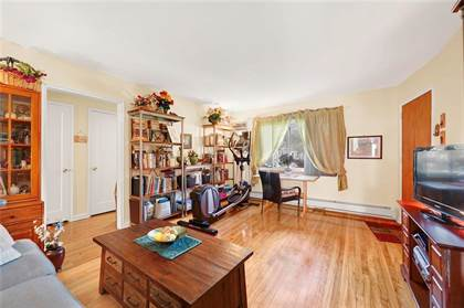 Residential Property for sale in 40 Seth Court A, Staten Island, NY, 10301