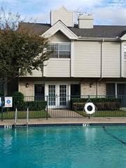 Condo for rent in 5881 Preston View Boulevard 142, Dallas, TX, 75240
