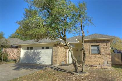 Residential Property for sale in 5541 Silver Maple Drive, Arlington, TX, 76018