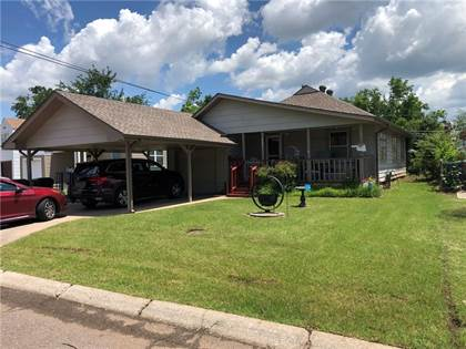 Residential Property for sale in 303 W Rickenbacker Drive, Midwest City, OK, 73110