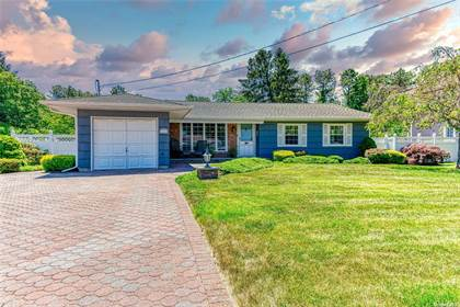 Residential Property for sale in 448 8th Street, Bohemia, NY, 11716