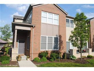 Townhouse for sale in 540 Beachcliff Row Dr, Rocky River, OH, 44116