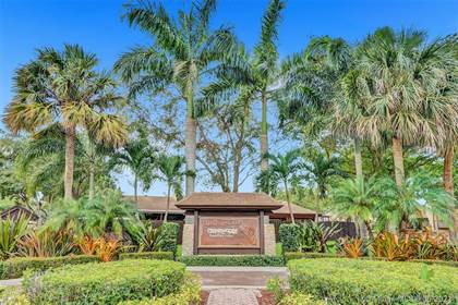 Residential Property for sale in 10211 E Cypress Ct 10211, Pembroke Pines, FL, 33026