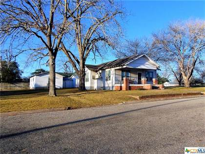 Residential for sale in 102 S Avenue D, Shiner, TX, 77984