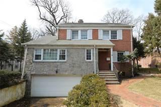 86 20 Avon St, Jamaica Estates, NY