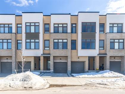 Residential Property for sale in 222 Squire Crescent, Oakville, Ontario, L6H 0L6