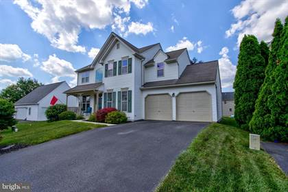 Residential for sale in 21 APPLE BLOSSOM DR, Lampeter, PA, 17602