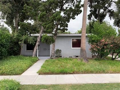 Residential for sale in 5981 E Fairbrook Street, Long Beach, CA, 90815