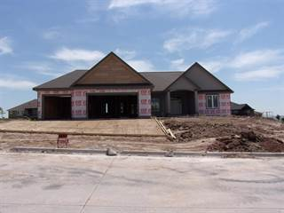Single Family for sale in 1109  Lochenshire Circle, Manhattan, KS, 66503