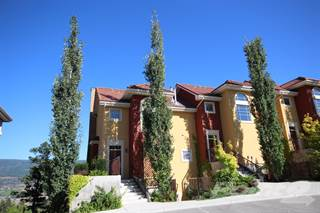 Townhouse for sale in 208 (A) 1795 Country Club, Kelowna, British Columbia