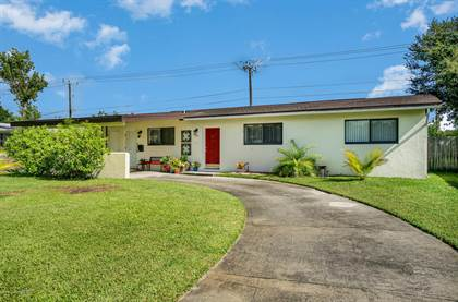 Residential for sale in 932 Glenmore Circle, Melbourne, FL, 32901