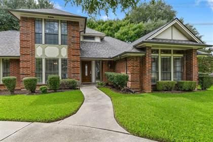 Residential for sale in 7408 Corvette Court, Arlington, TX, 76016