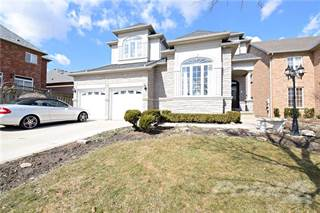 Residential Property for sale in 79 Winegarden Trail, Dundas, Ontario, L9H 7H3
