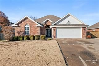 Single Family for sale in 3003  NE 6th  ST, Bentonville, AR, 72712