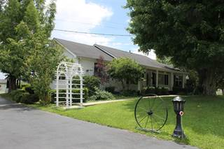 Single Family for sale in 1486 Big Cave Rd, Mt Vernon, KY, 40460