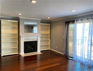 Townhouse for rent in 4919 Laurel Canyon Boulevard 13, Valley Village, CA, 91607