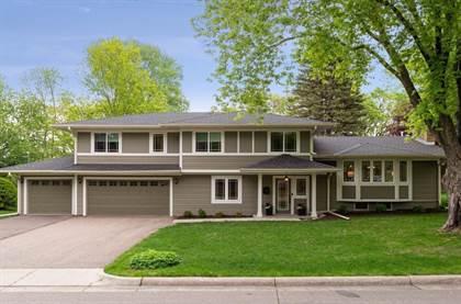 Residential for sale in 421 Kresse Circle, Edina, MN, 55343