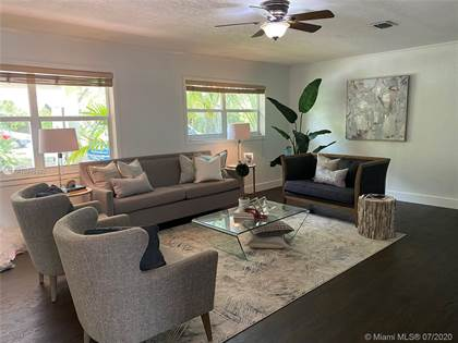 Residential for sale in 13550 SW 99th Pl, Miami, FL, 33176