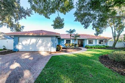 Residential Property for sale in 1894 TANGLEWOOD DRIVE NE, St. Petersburg, FL, 33702