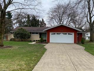 Single Family for sale in 552 Deerwood Dr, Tallmadge, OH, 44278