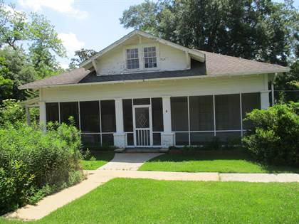 Residential for sale in 202 S 4th St., Collins, MS, 39428