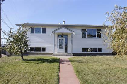 Single Family for sale in 13312 DELWOOD RD NW, Edmonton, Alberta, T5C3B6
