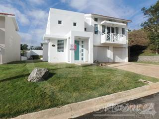 Residential Property for sale in URB. HACIENDA REAL CALLE CAMINO REAL , Carolina, PR, 00987