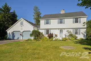 Residential for sale in 6647 Bluebird Street, Ottawa, Ontario
