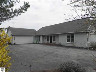 Single Family for sale in 8571 N Manitou Trail, Northport, MI, 49670