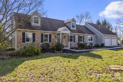 Residential for sale in 1143 Cardinal Drive, West Chester, PA, 19382