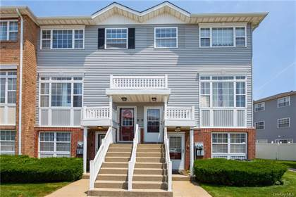 Residential Property for sale in 106 Admiral Court 20, Bronx, NY, 10473