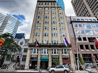 Apartment for sale in 900 Rue Sherbrooke O., #102, Montreal, Quebec
